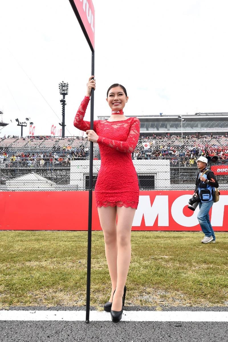 Девушки паддока Гран При Мотеги 2014