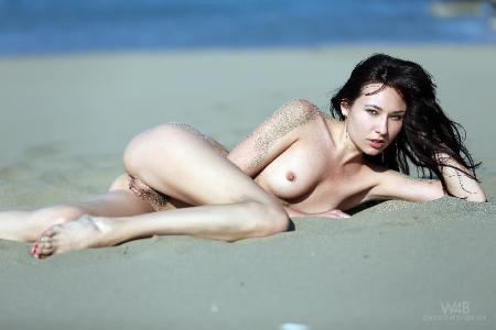 Watch4Beauty: Lila - Hot Sand (02*08*2014)