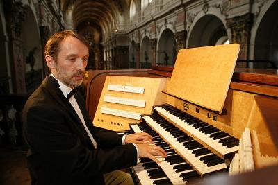Olivier Latry - Three Centuries of organ Music at Notre Dame de Paris / 2013  Naïve