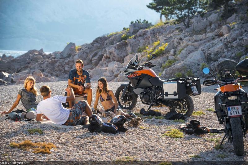 Туристический эндуро KTM 1050 Adventure 2015