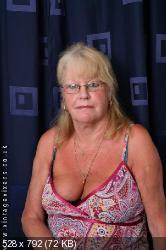 Girls erect nipples in public