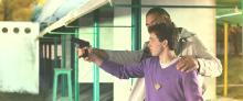Два пистолета / Неуловимый Бриллиант (2011) HDRip