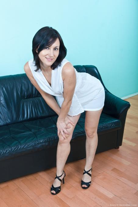 Desktop wallpapers free erotic girl stockings