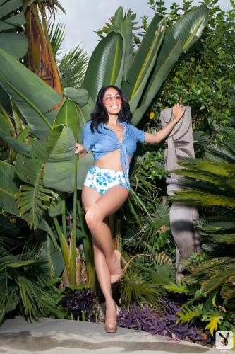 04-07 - Megan Elizabeth Garden Of Lush
