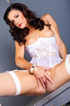 india_summer_pics ZZ Confidential